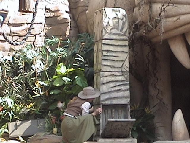 Indiana Jones™ and the Secret of the Stone Tiger Revealed!, Aladdin's Oasis, Adventureland, Disneyland®, Anaheim, California, 2008.05.26 15:24