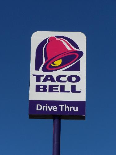 Taco Bell Sign and Logo | Crossville, Tennessee | Flickr