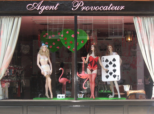 musings of the retro dolly dreamer lover doll presley agent provocateur 39 s fabulous window. Black Bedroom Furniture Sets. Home Design Ideas