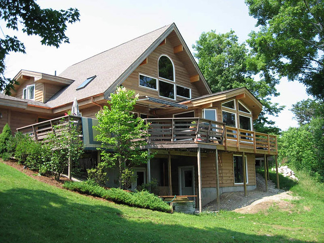 Warm and cozy lindal cedar home in northern vermont for Vermont home builders