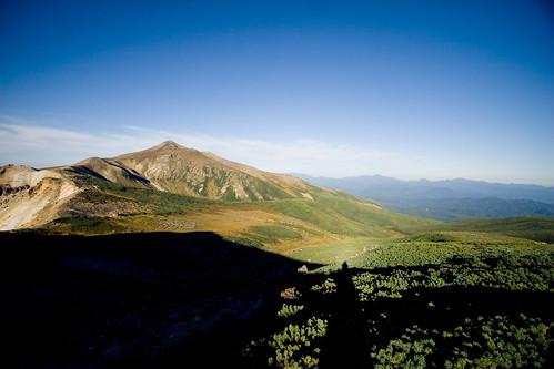 sky mountain japan trek hokkaido hiking hike mount trail hut alpine 北海道 日本 furano canonefs1022mm 上富良野 canoneos30d kamifurano 十勝岳 富良野岳 上ホロ小屋 24kmeoffurano