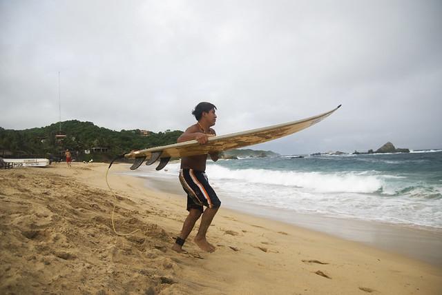 mazunte surf