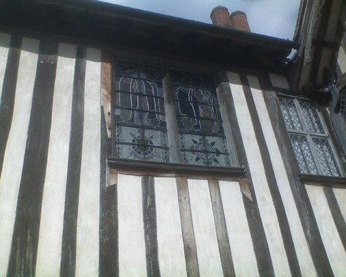 Striped walls - and fancy windows