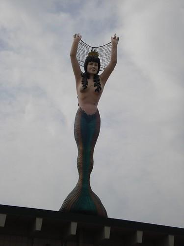 minnesota giant big large huge mermaid bigthings worldslargest bigstuff moundsview