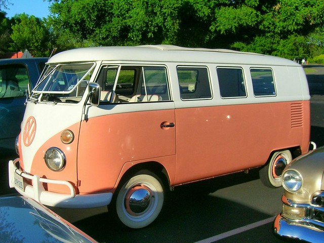1960's Volkswagen Bus '2YRY205' 1 | Flickr - Photo Sharing!