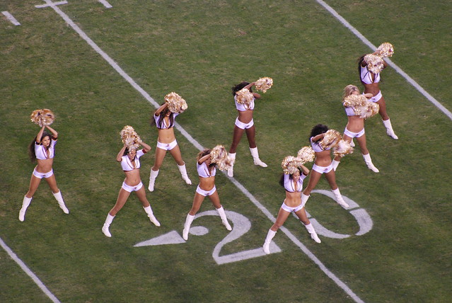 2008 Redskins vs Steelers - The First Ladies of Professional Football