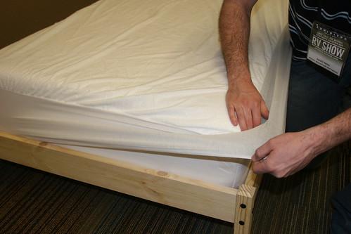 rocky mountain mattress blog mattress pad. Black Bedroom Furniture Sets. Home Design Ideas