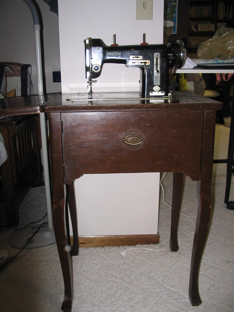 Necchi sewing machine & cabinet
