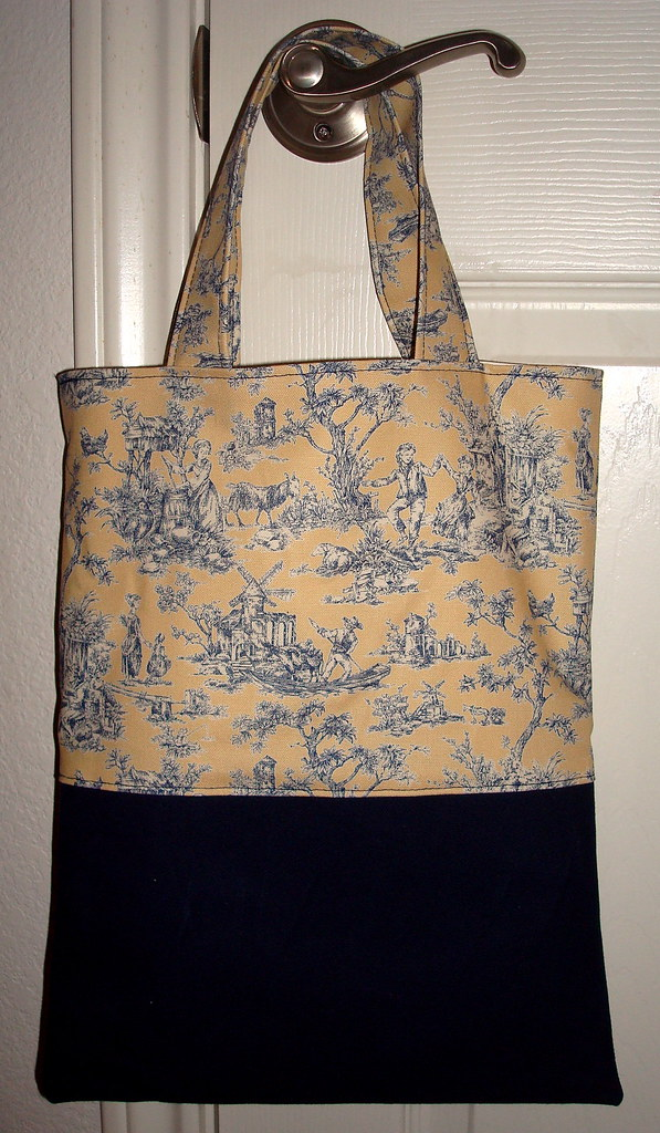 Hoverson Tote in Navy Duck Cloth