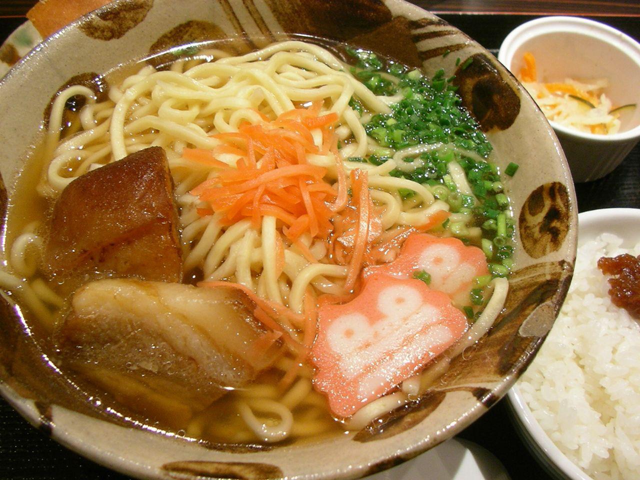 Okinawa Soba @ Omotesando 沖縄そば(う~みや うーちばる)