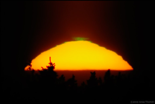sunset sun green flash atmospheric phenomenon greenflash