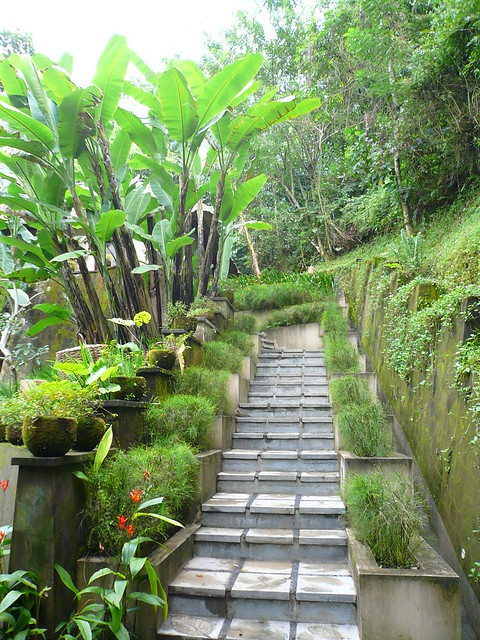 Ubud hanging gardens pool villa flickr photo sharing for Garden pool villa ubud