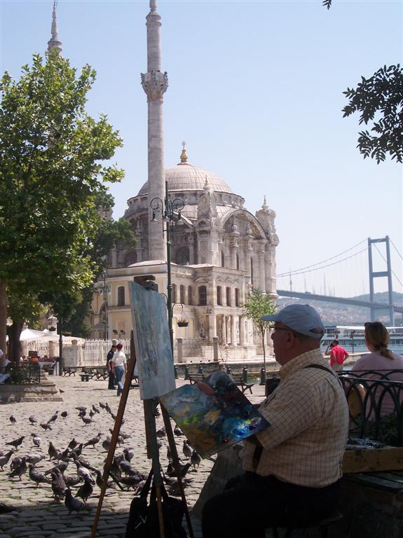 Pintor junto a la Mezquita de Ortakoy Explorando la zona de Ortakoy en Estambul - 2527698506 a80f03558d o - Explorando la zona de Ortakoy en Estambul