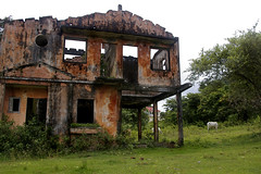 abandoned villas of kep