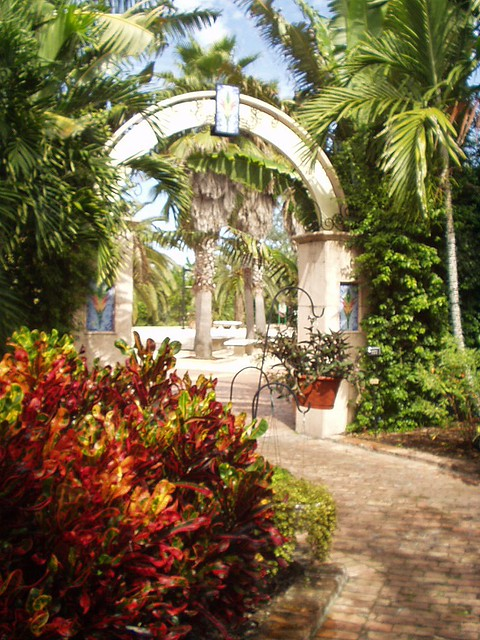 Archway Botanical Gardens St Petersburg Fl Flickr Photo Sharing