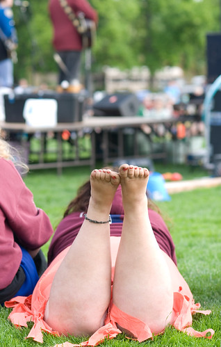 She seemed awfully comfortable listening to the band, and there was something about being barefoot that just made it perfect.