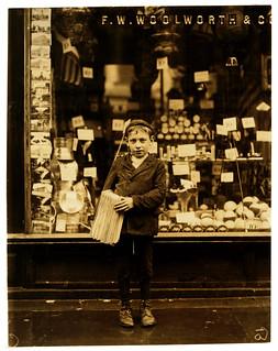 Lewis Hine: Simon Mellitto, age 10, newsboy, Philadelphia, 1910