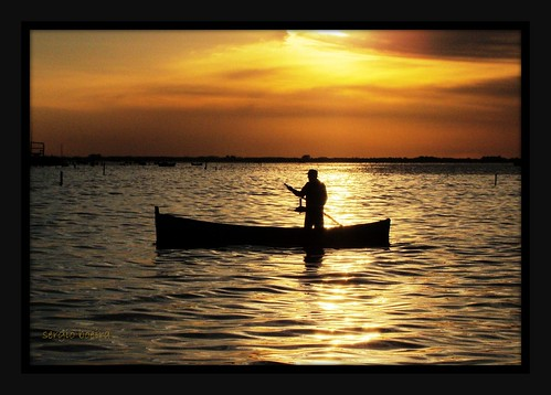 pordosol sun house sol sunrise casa fisherman return boatman volta pescador entardecer nascerdosol blueribbonwinner barqueiro forofthesun cameradeourobrasil ascoresdosul toentardecer