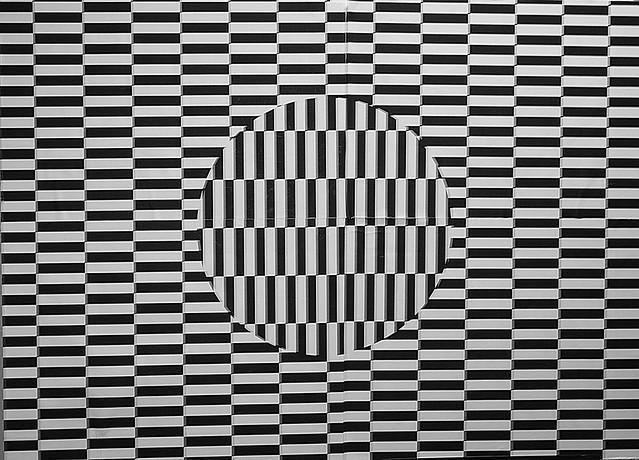 Illusion d'optique - Optical illusion from Flickr via Wylio