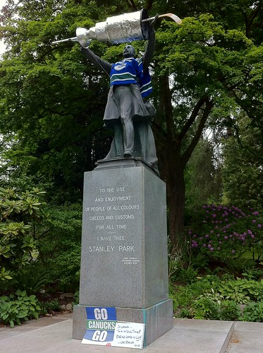 Statue of Lord Stanley in his Stanley Park with the cup. #Canucks #BringItHome