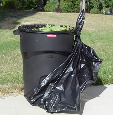 Black Trash Cans Kitchen