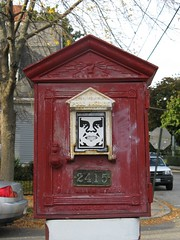 outdoor structure(0.0), furniture(0.0), post box(0.0), shrine(0.0), telephone booth(0.0), red(1.0), letter box(1.0),