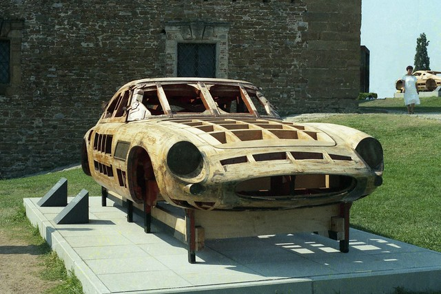 how to build a car body buck