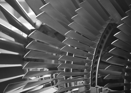 Jet engine fan blades