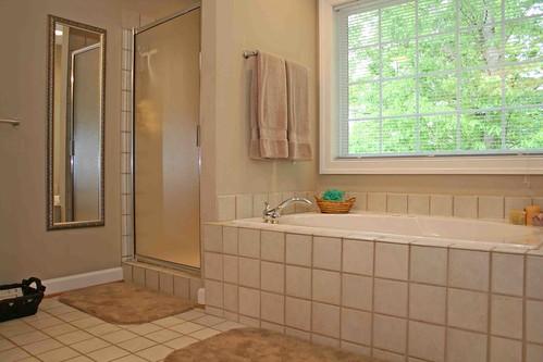 dusche bietet oder keine zwei bder im haus vorhanden sind steht die frage an badewanne oder dusche neben eigenen vorlieben gibt es mehrere faktoren - Badewanne Neben Dusche