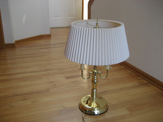 20 inch high brass table lamp with shade flickr photo sharing. Black Bedroom Furniture Sets. Home Design Ideas