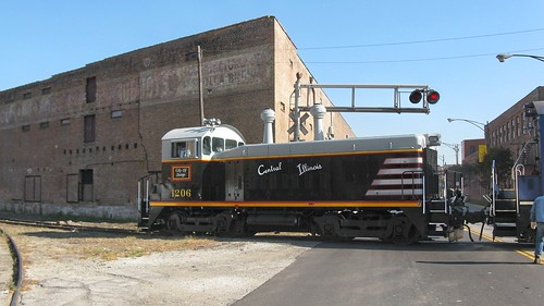 Central Illinois Railroad # 1206 backing across Canalport Avenue. Chicago Illinois. Friday, October 31st, 2008. by Eddie from Chicago