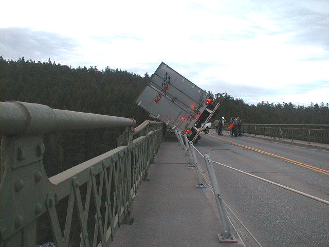 State Farm Report Accident >> SR 20, truck tips over on bridge - Jan. 30, 2004 | The truck… | Flickr