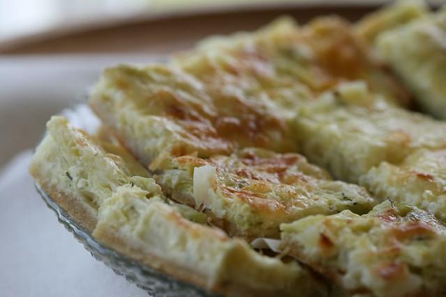 Cheesy cabbage pie with dill / Juustune kapsapirukas tilliga