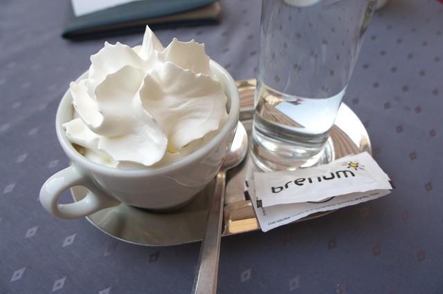 Kava sa šlagom