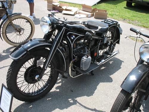 1937 BMW R12
