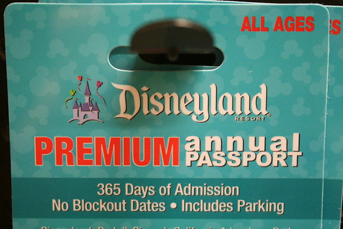 VONS DISNEYLAND TICKET