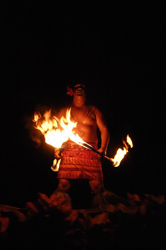 Samoan Fire-knife dance (Photo by Timothy Tolle via Compfight)