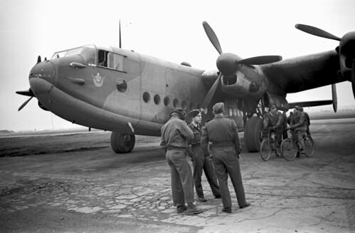 Avro York f3.5 1/20 sec w/wide angle Elmar 08