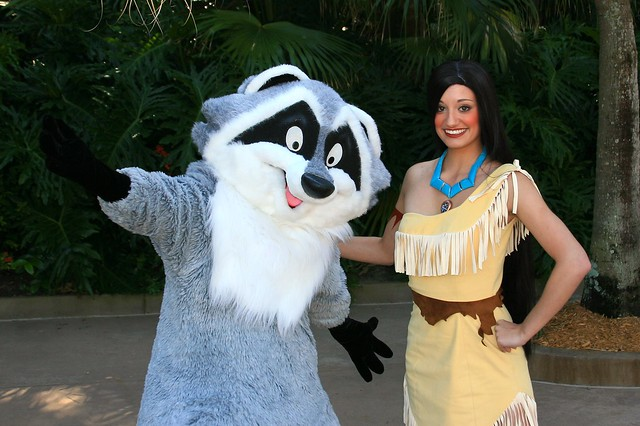 WDW Sept 2008 - Meeting Pocahontas and Meeko