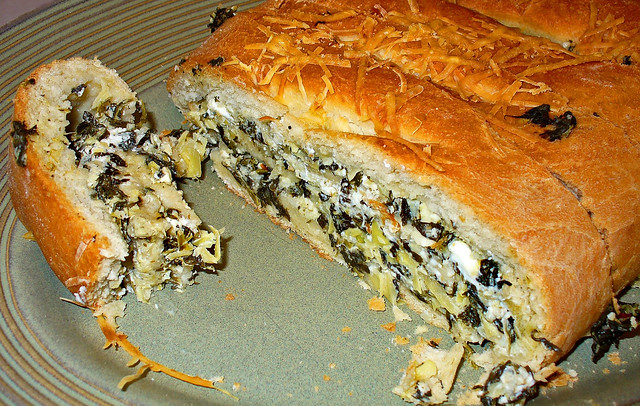 Delicious Spinach-Feta Bread (Sandwich) | A really delicious ...