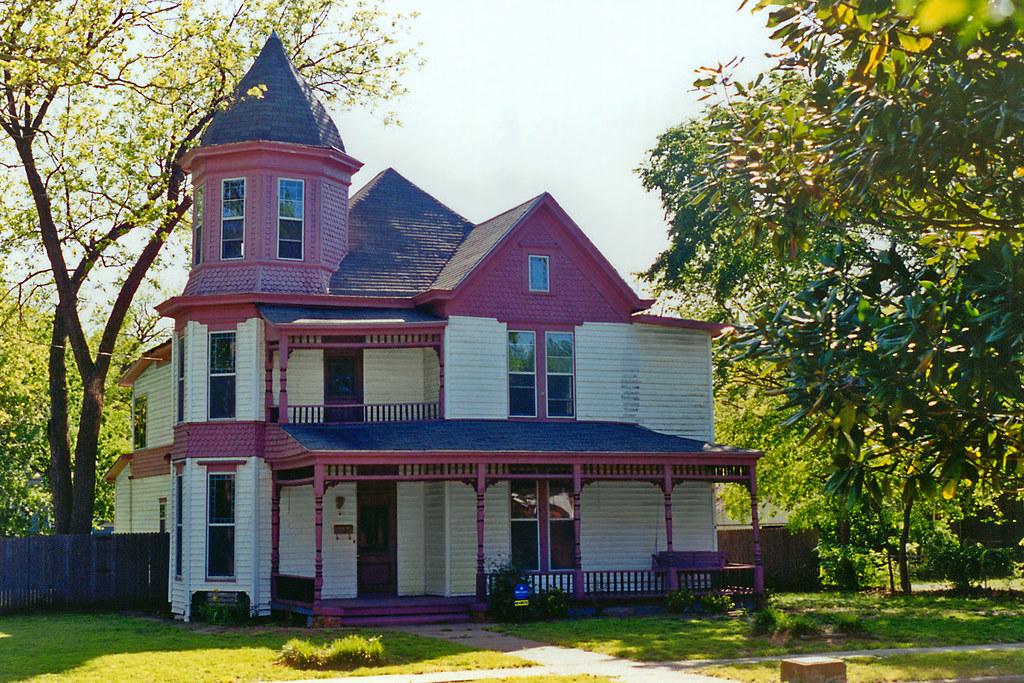 Victorian Queen Anne House, Waxahachie
