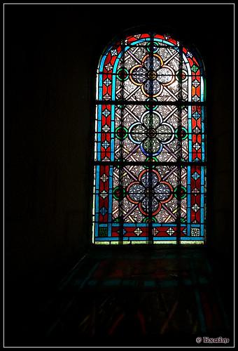 Vitrail - Eglise Bussac - Dordogne - France