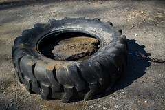 tire, automotive tire, natural rubber, soil, tread,