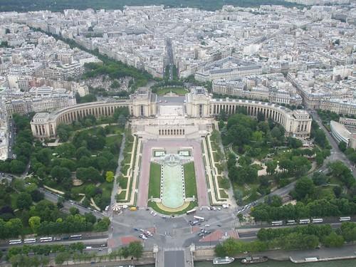 Paris palais chaillot et les jardins de trocad ro a for Aquarium de paris jardin du trocadero
