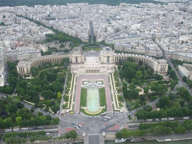 Paris palais chaillot et les jardins de trocad ro a for Jardin trocadero