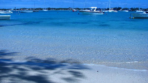What to do in Mauritius - relax at the beaches of Mauritius