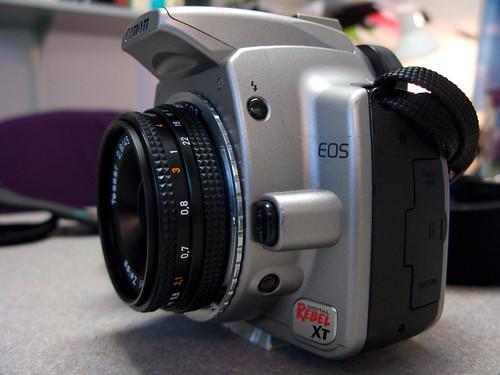 40mm f/2.8 Pancake Lens