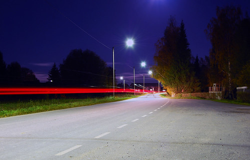 road light sky tree car night nikon long exposure d40 komossa
