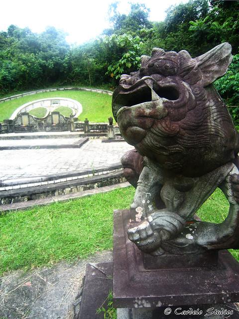 Bukit Brown - Tomb of Ong Sam Leong 04