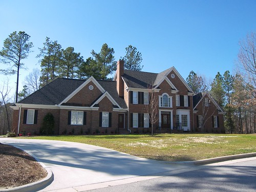 Cary Nc Preston Village Is A Pretty Neighborhood Offering Executive Homes